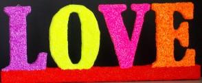 Tekst Love